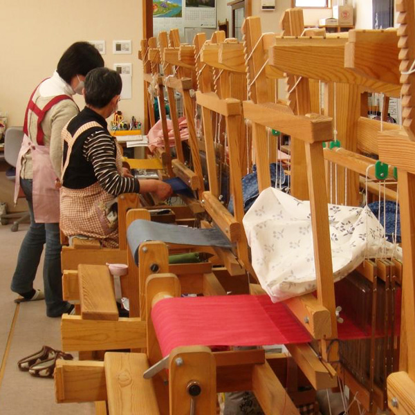 機織り工場の見学